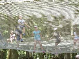 Téfilet, un filet suspendu à 5m sol d'une surface de 200m2, au parc Tépacap de Bitche
